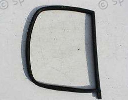 Молдинг стекла двери передней (опускное) правый на Фиат Дукато - 1339874080