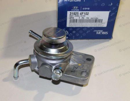 Насос топливный низкого давления (подкачки) на Хендай Портер 2 - 319254F102