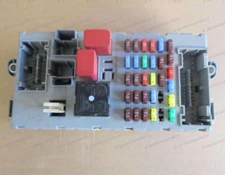 Блок предохранителей (в салоне) на Пежо Боксер - 6500GE