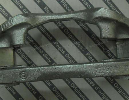 Скоба суппорта переднего (Q11 Q15) на Фиат Дукато - 77364458