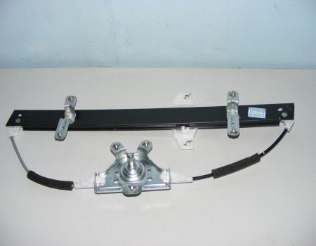 Стеклоподъемник двери левой мех. на Hyundai HD - 815015H002