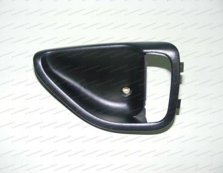Корпус ручки открывания двери правой на Hyundai HD - 823215H001