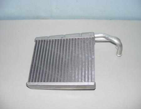 Радиатор отопителя на Мерседес Спринтер - MB00038356101