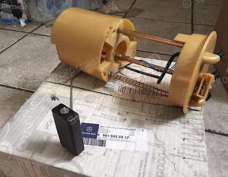 Датчик уровня топлива погружной в баке на Мерседес Спринтер - A9015422317
