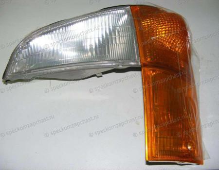 Указатель поворота передний левый 04- на Hyundai HD - 923015H005