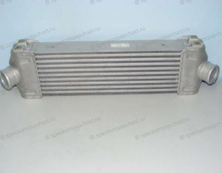 Радиатор охлаждения воздуха (интеркуллер) на Форд Транзит - 1423732