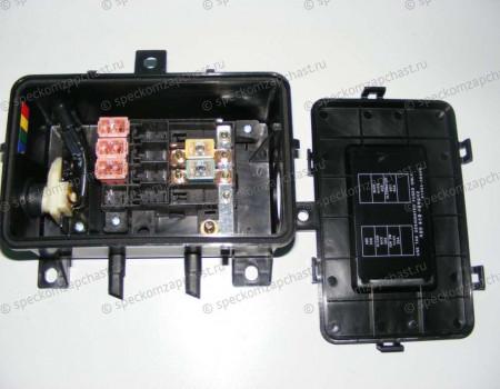 Блок предохранителей (силовой на раме) на Hyundai HD - 915955K600