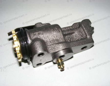 Цилиндр тормозной рабочий передний левый на Hyundai HD - 5812045201