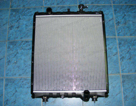 Радиатор охлаждения D4DD ЕВРО-3 на Hyundai HD - 253015K201