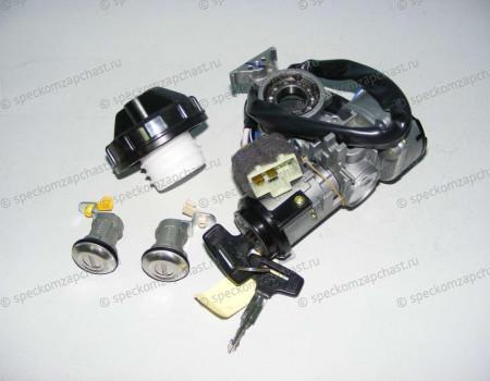 Замок зажигания комплект D4DD на Hyundai HD - 819015K200