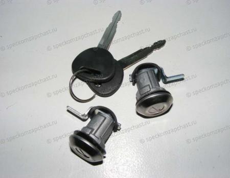 Личинка двери комплект (левая + правая) на Хендай Портер 1 - LINK8191043A00