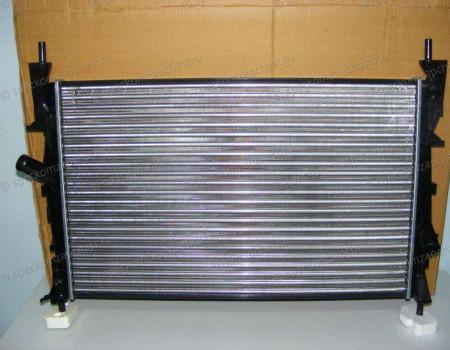 Радиатор охлаждения (короткий)(+/- кондиционер) на Форд Транзит - 1383315