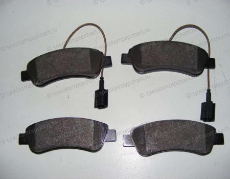 Колодки задние дисковые Q17 на Фиат Дукато - 77366679
