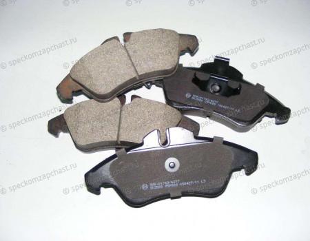 Колодки тормозные передние W901-903/W909 на Мерседес Спринтер - A0084204220