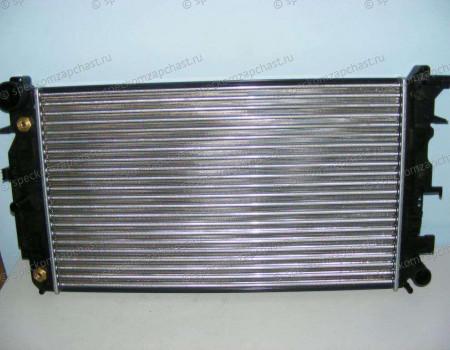 Радиатор охлаждения двигателя W906 (АКПП) на Мерседес Спринтер - A9065001402