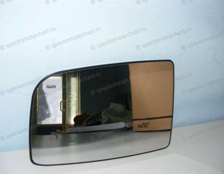 Стекло зеркала правое W906 (верхнее) (с подогревом) (квадрат) на Мерседес Спринтер - A0028111633