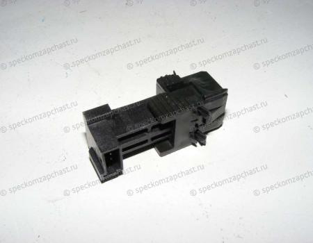 Выключатель стоп-сигнала на Мерседес Спринтер - A0015456309