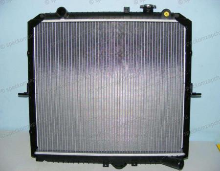 Радиатор охлаждения (D4BH) на Киа Бонго - 253104E400