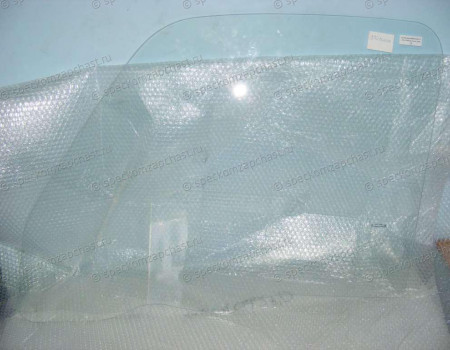 Стекло двери правой на Hyundai HD - 815215H010