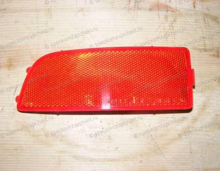 Светоотражатель (катафот) в заднем бампере правый на Мерседес Спринтер - A9068260140