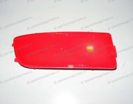 Светоотражатель (катафот) в заднем бампере левый на Мерседес Спринтер - A9068260040