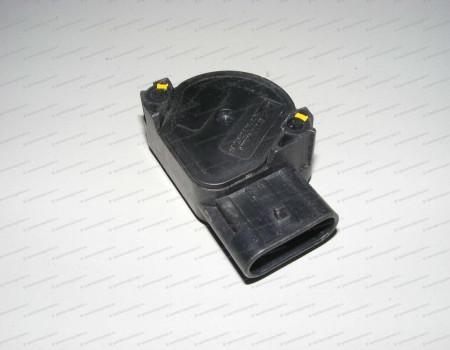 Датчик педали газа D4DD на Hyundai HD - 946006A900