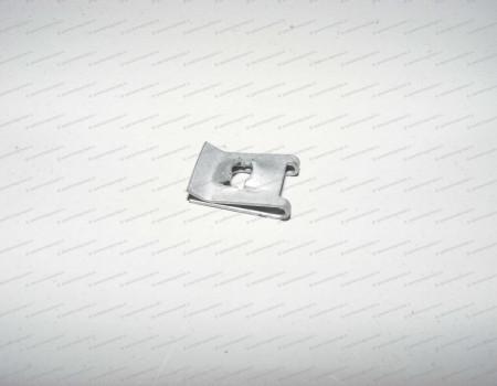 Гайка закладная винта переднего бампера (HN1) 14- на Форд Транзит - 1459634