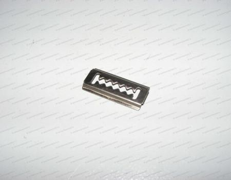 Фиксатор решетки бампера на Хендай Портер 2 - 8659322000